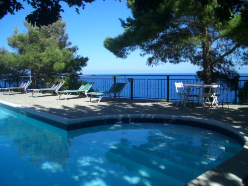 piscina_villa_sauci.jpg